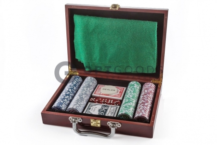 Набор для игры в покер 200 фишек с сукном  оптом