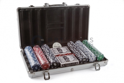 Набор для игры в покер 300 фишек   оптом